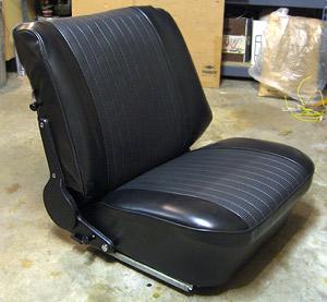 bmw 2002 seats